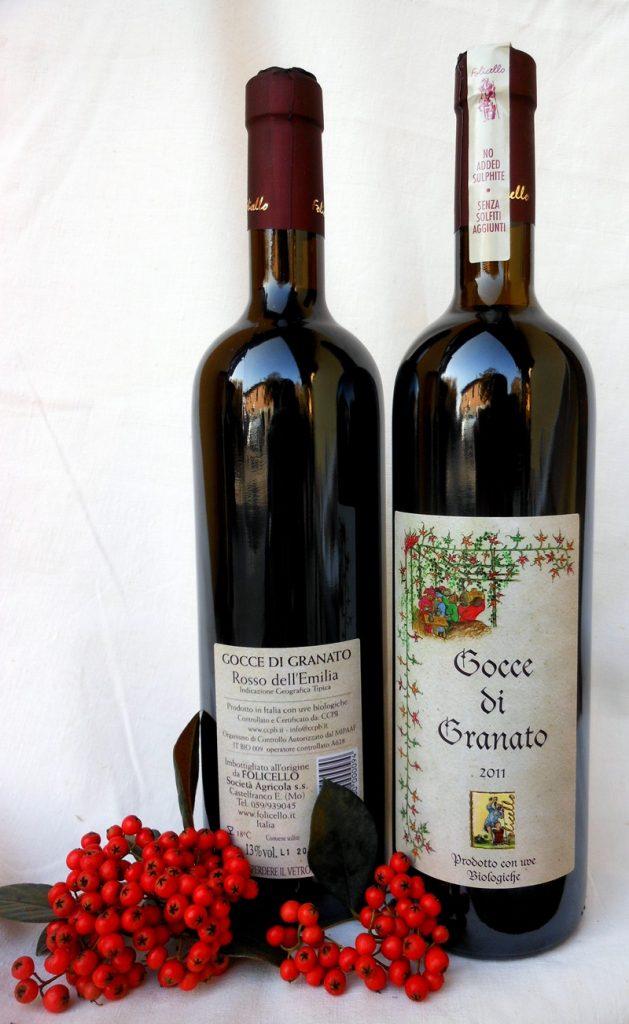 vino gocce di granato rosso
