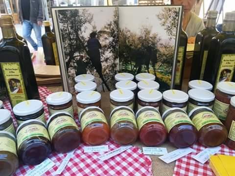 Alcuni prodotti dell'Agriturismo I Mandorli