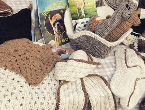Accessori e indumenti di lana de La Casa del Pastore